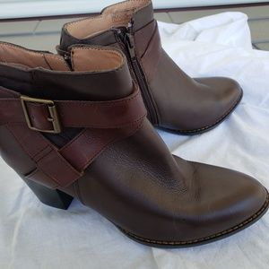 Vionic Trinity Brown Leather Ankle Boots Sz9M